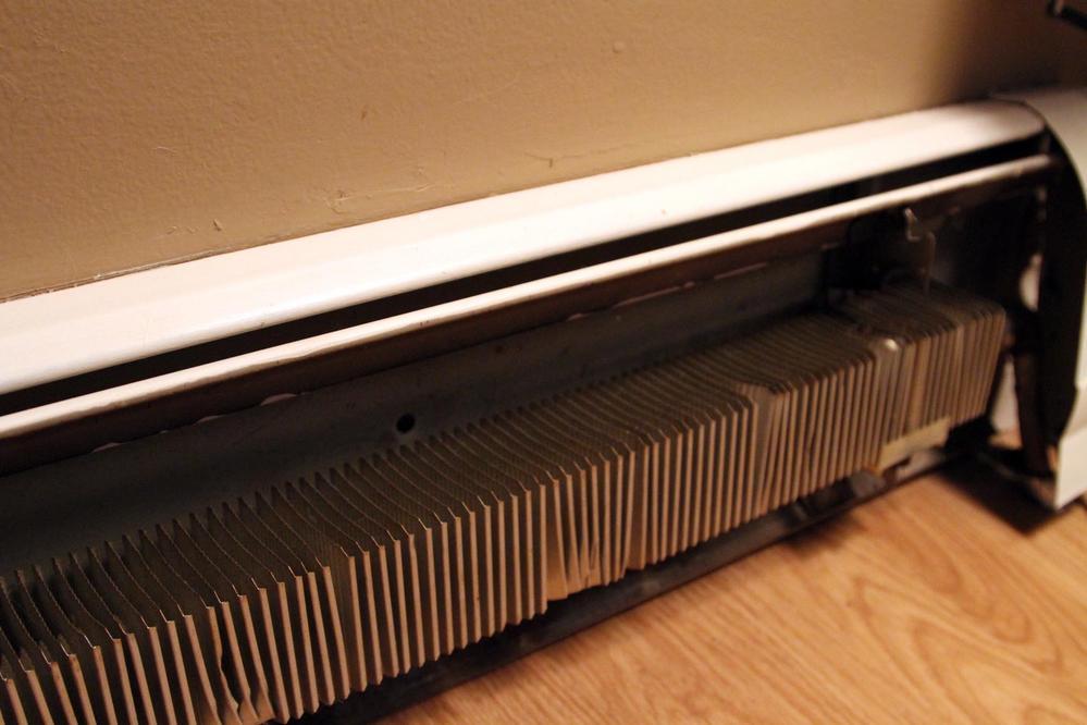 I radiatori a zoccolo primo convettore a zoccolo in italia for Impianto idraulico pex vs rame
