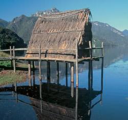 Abitazioni preistoriche la casa nella preistoria ripari for Tipi di abitazione