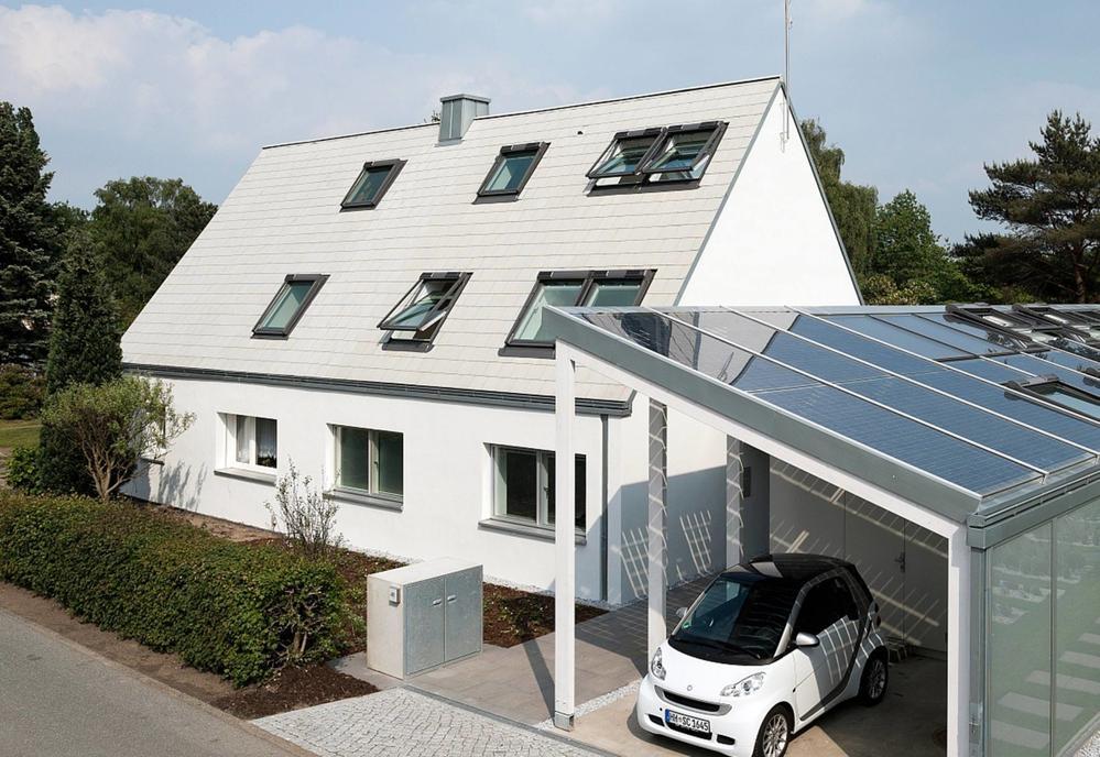 Finestre da tetto aria luce per sottotetti sani e vivibili for Velux tetto