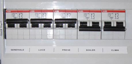 Impianto elettrico elegant byte with impianto elettrico for Preventivo impianto elettrico